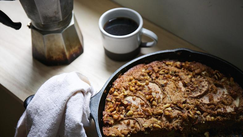 Skillet Spelt & Cornmeal Cake with Pears & Walnuts